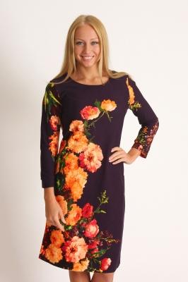 Платье темно-фиолетовое с рисунком из больших красивых цветов Размер 46 48 50 52 54 56 58 60 Помощь в подборе размера. Недорогая доставка по России почтой. Наложенный платеж. Примерка в Москве. Розница.