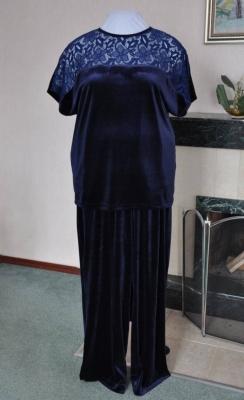 Праздничный костюм из бархата Элегия