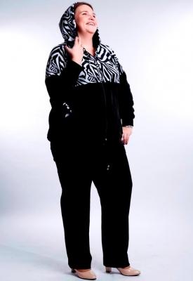 Велюровая куртка с капюшоном большого размера  расцветки зебра
